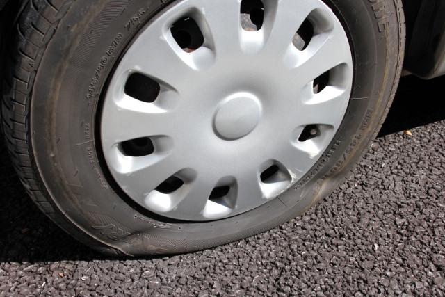 車のパンク